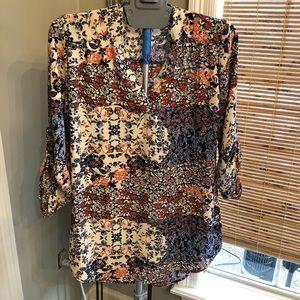 Print v neck blouse